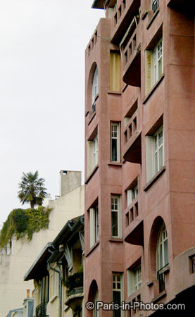 salmon pink building, paris 16th district