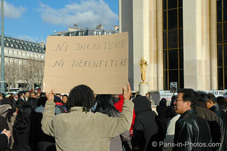 trocadero, eiffel tower, madagascar protest
