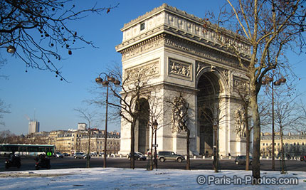 paris in snow, champs elysee, arc de triumph