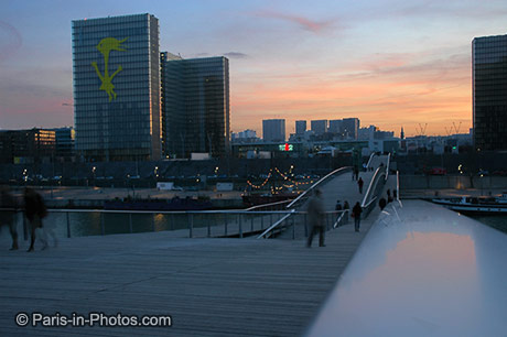passerelle Simone de Beauvoir, footbridge, bercy, 12th, 13th, 12eme, 13eme